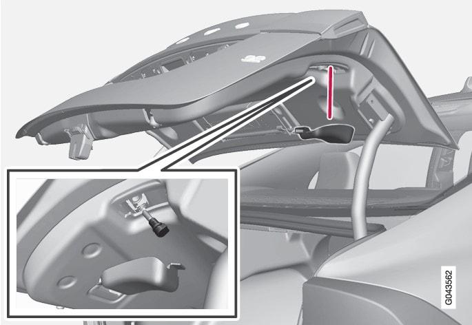 P3-1020-S60- rear light in hood