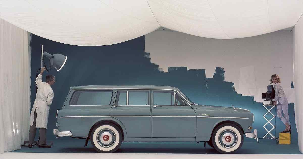 Heritage Volvo estate en un estudio