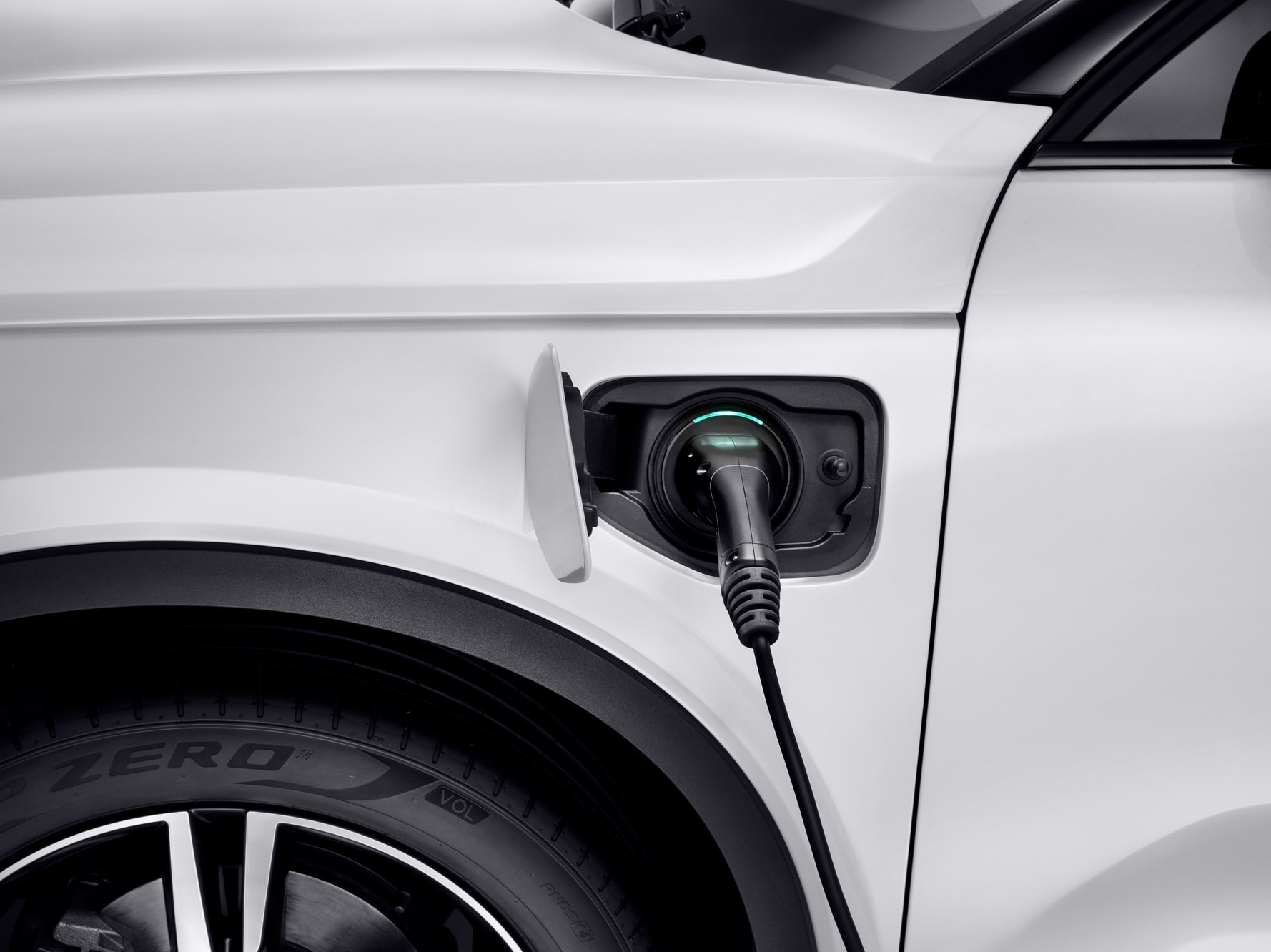 A Volvo XC40 hybrid is charging