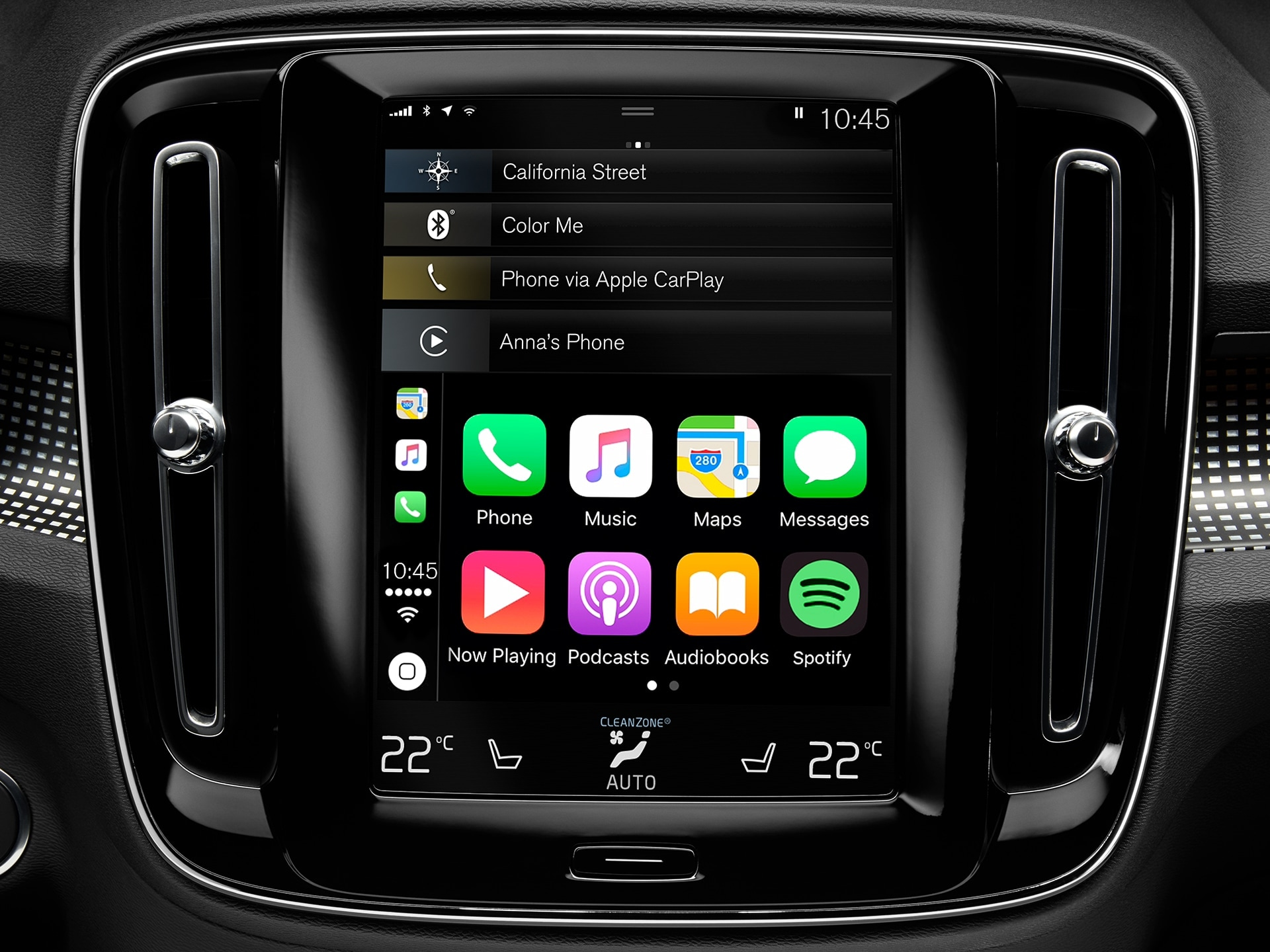 A close up of the connectivity system in a Volvo XC40, displaying smartphone integration.