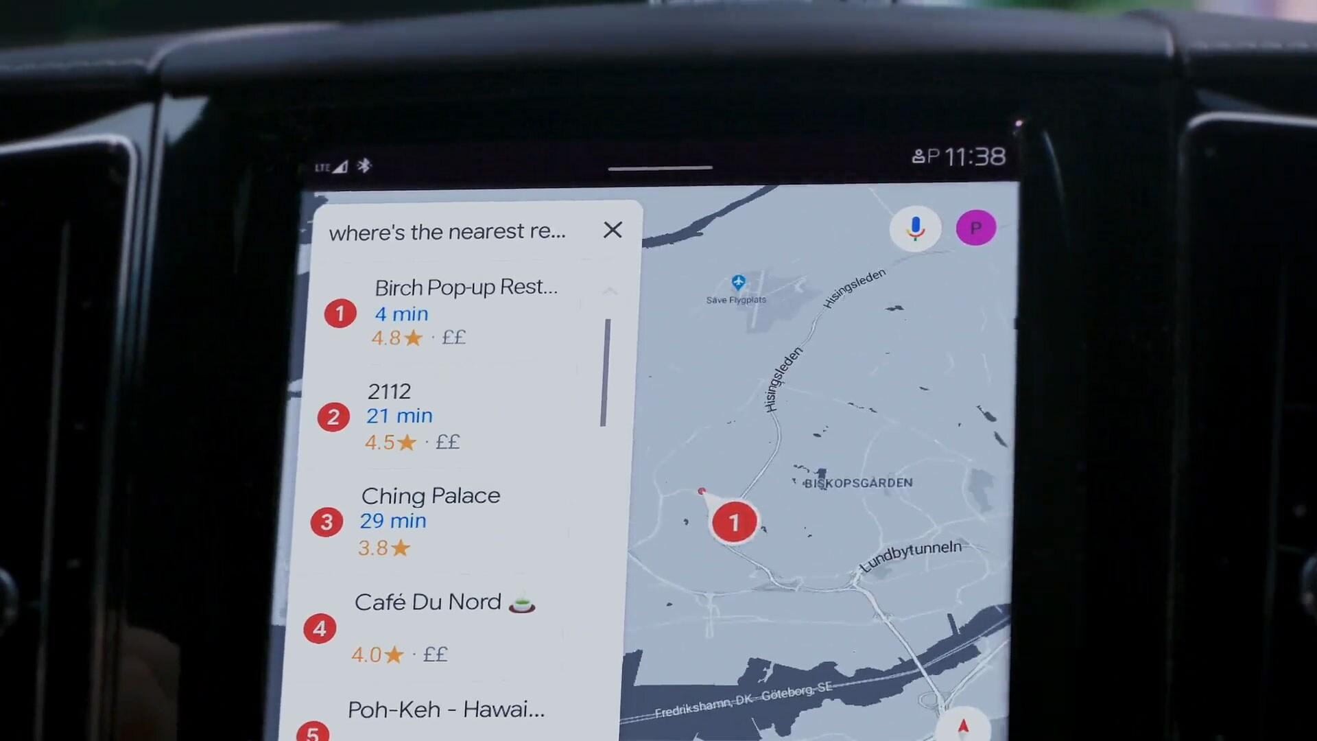Google Maps sind im XC60 Recharge Plug-in Hybride vollständig integriert.