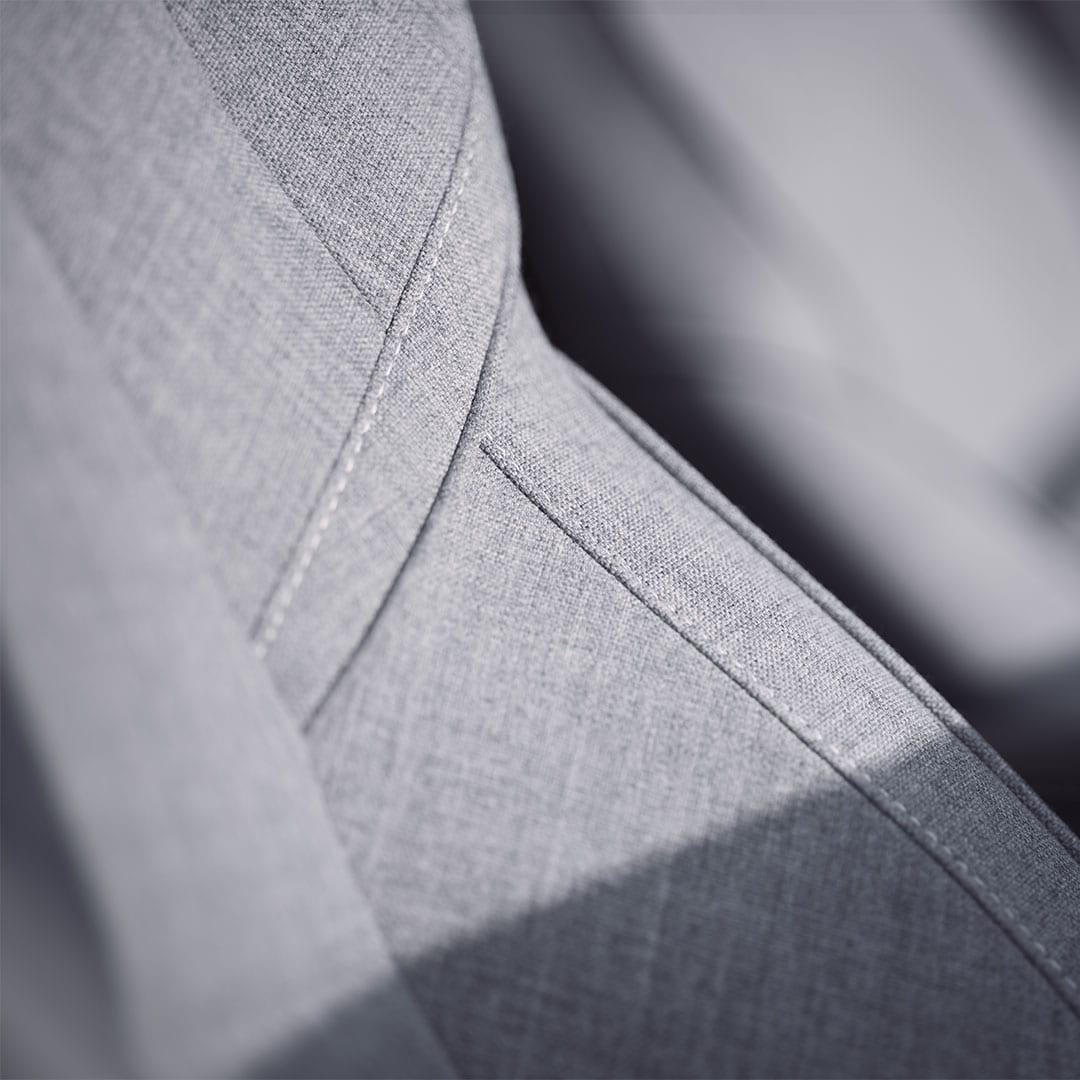 Gros plan sur les sièges en laine mélangée, sans cuir, dans une XC60.
