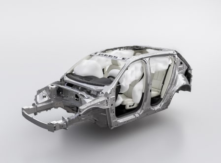 Une carrosserie de véhicule Volvo où tous les coussins de sécurité sont gonflés.