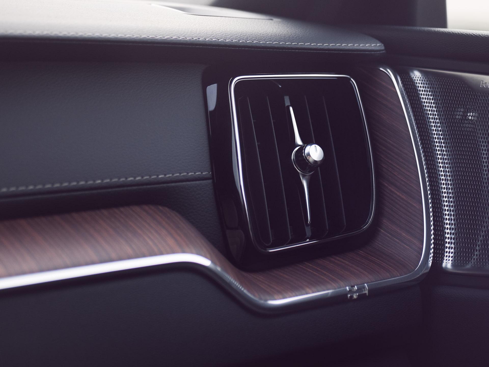 Het geavanceerde Air Quality System in de Volvo XC60 Recharge zorgt voor een betere en gezondere luchtkwaliteit.