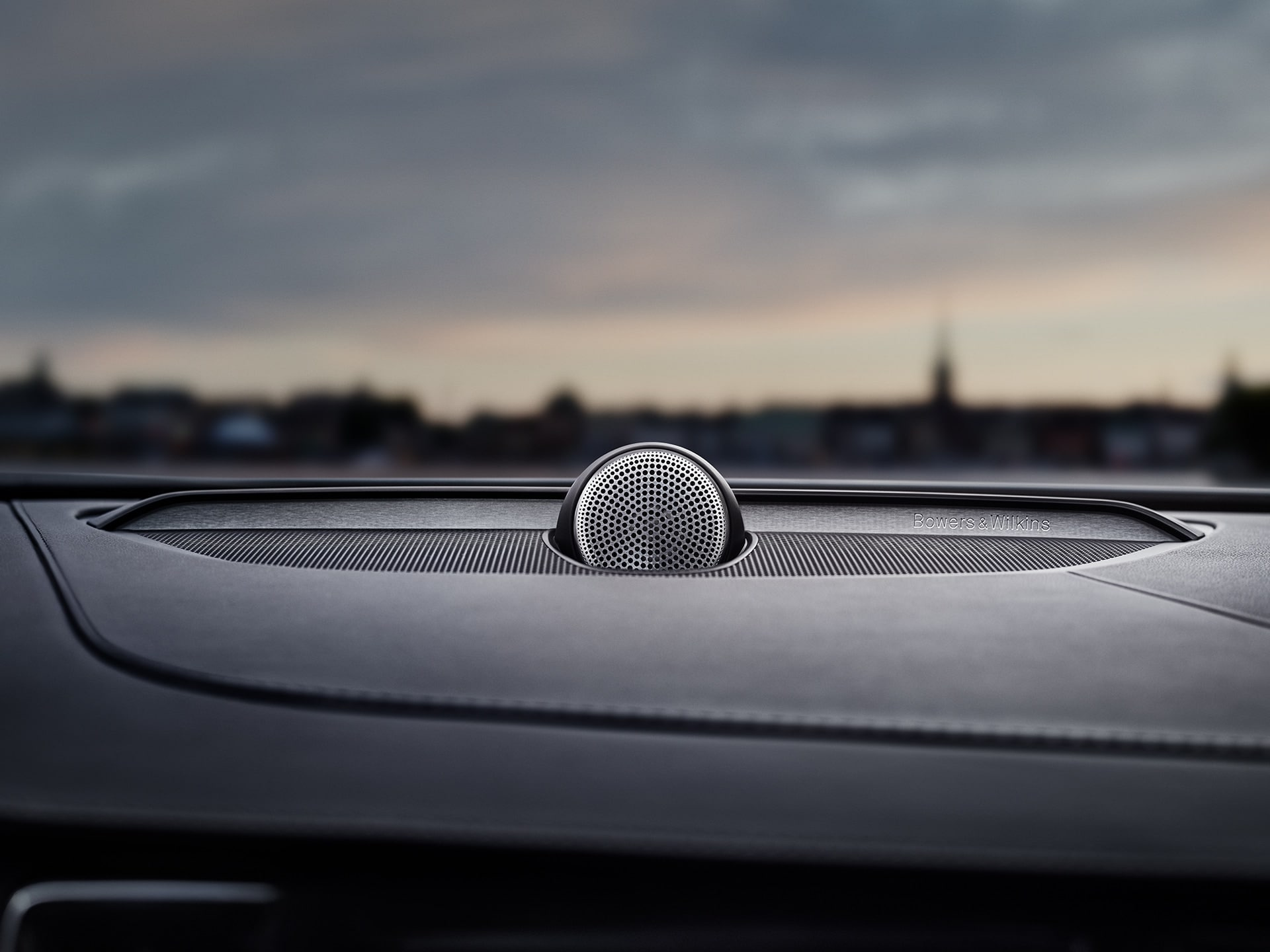Bowers & Wilkins audio system inside a Volvo V90