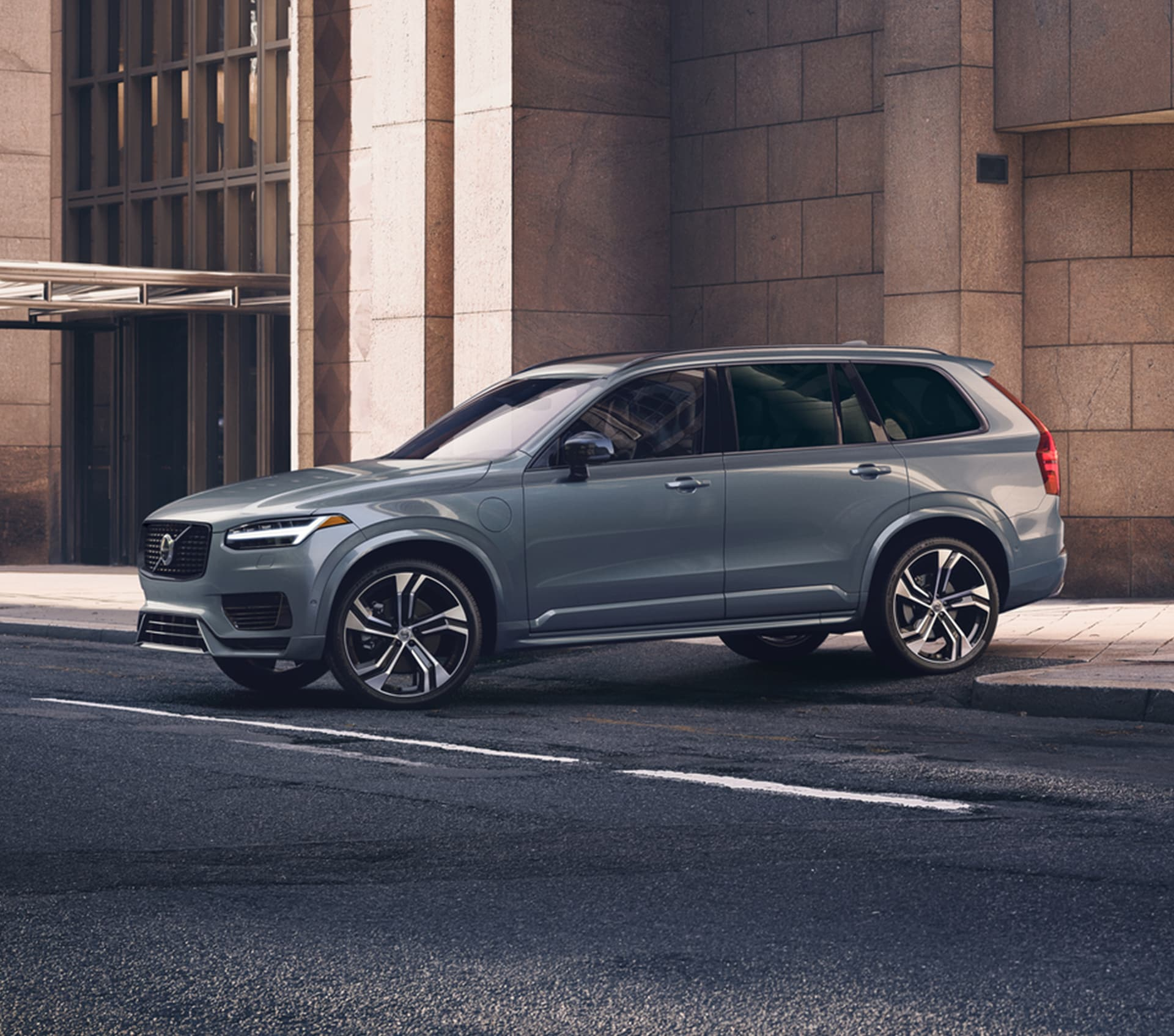 grey Volvo XC90 luxury SUV side view