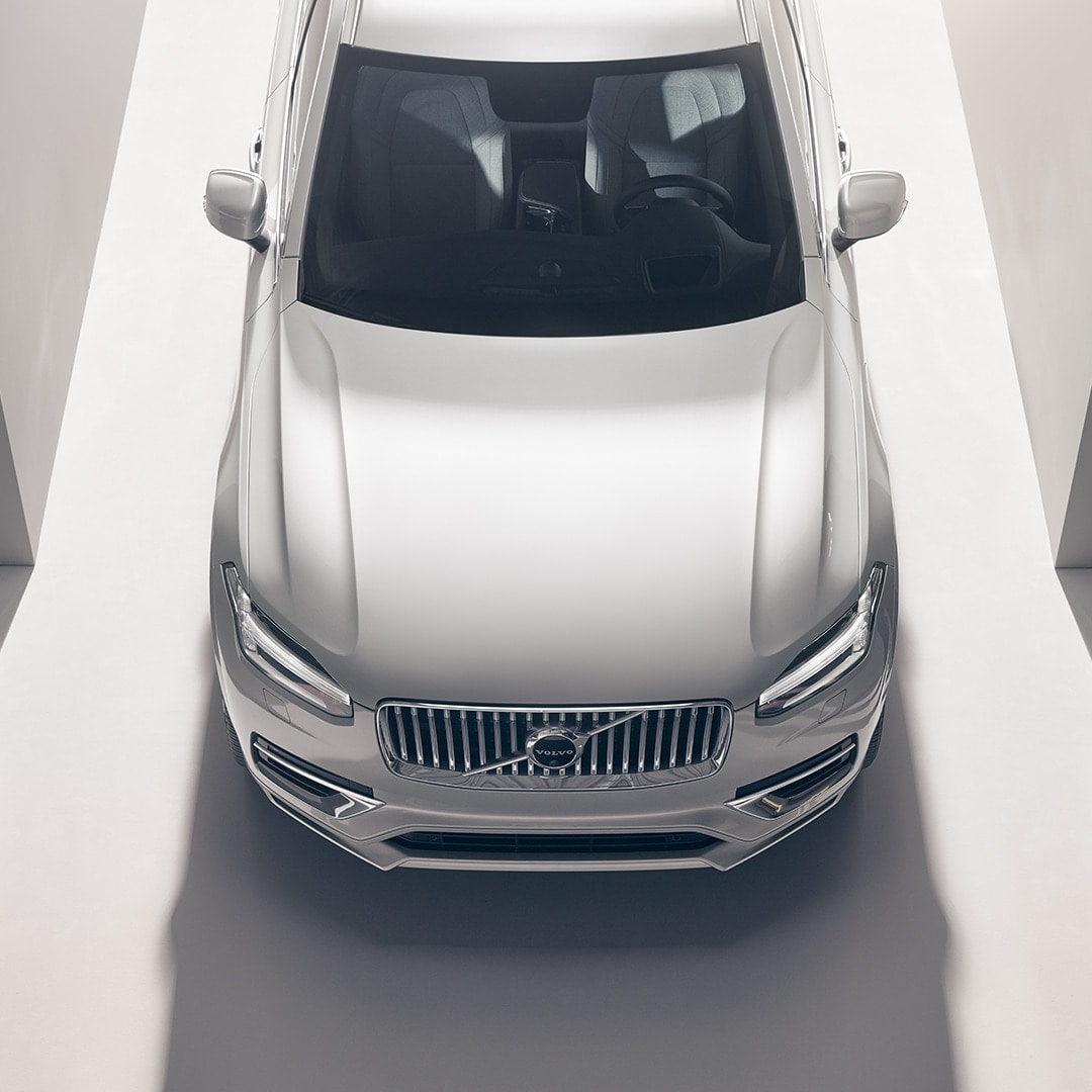A Volvo XC90 from above.